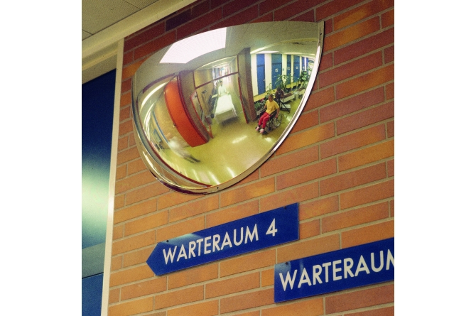 Panorama drie-wegen-spiegel,  600x320x240mm #1   Bolspiegels   Groven Store Safety