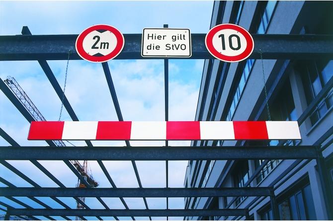 Morion hoogtebegrenzer, 3000mm, rood/wit.  #1 | Hoogtebegrenzers | Groven Store Safety