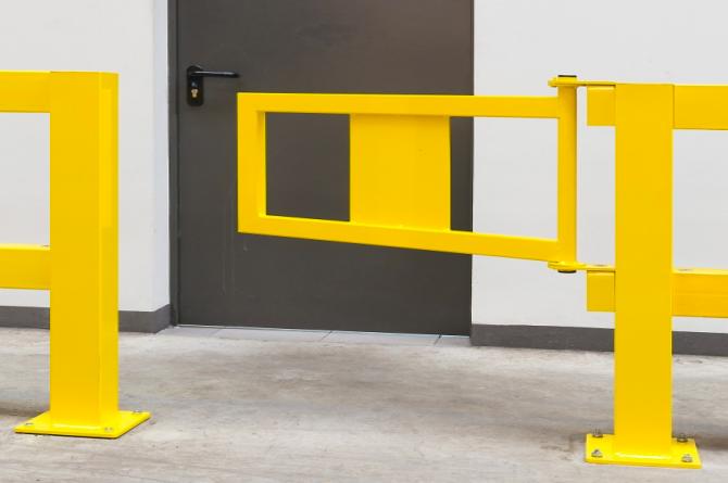 black bull balustrade deur xl-line 905x520mm #1 | Veiligheidsrailing | Groven Store Safety