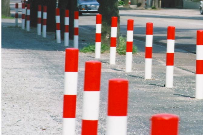 Morion afzetpaal 76mm, betonneren en reflecterend #1 | Om in te betonneren vast | Groven Store Safety