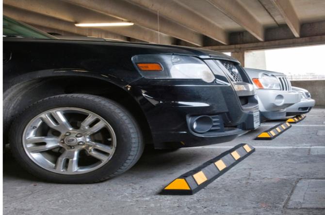 Wielstop, park it, 550x150x100mm, zwart/geel #1 | Wielstopper | Groven Store Safety